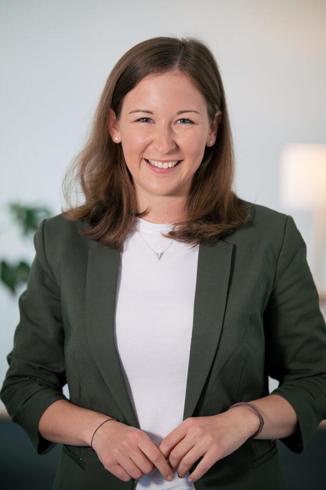 Claudia Plakolm