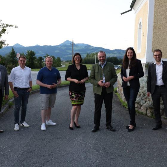 Junge OEVP x Junge Union Grenzwanderung Gruppenfoto MEPs